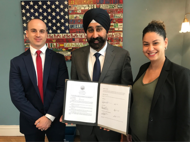 Hoboken mayor signs executive order for paid parental leave