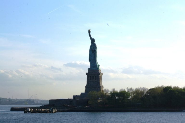 Statue of Liberty lights go out