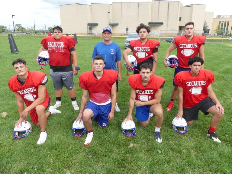 Patriots try to stand tall in shortened season
